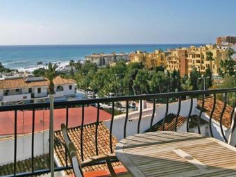 48—Riviera-del-Sol